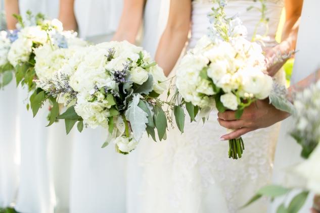 inn-at-warner-hall-classic-pale-blue-wedding-photo-amanda-hedgepeth-77