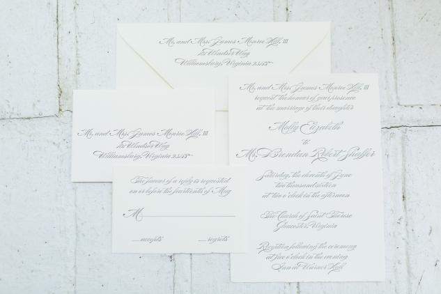 inn-at-warner-hall-classic-pale-blue-wedding-photo-amanda-hedgepeth-8