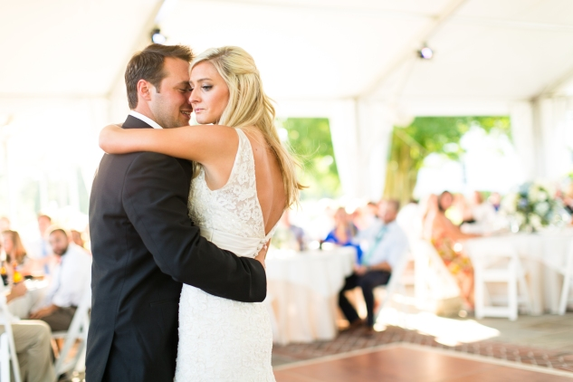 inn-at-warner-hall-classic-pale-blue-wedding-photo-amanda-hedgepeth-95
