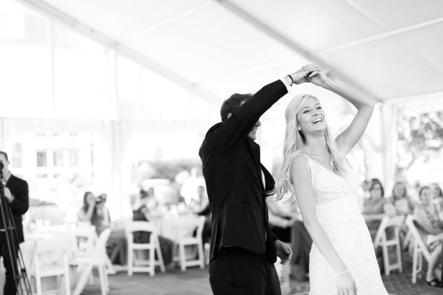 inn-at-warner-hall-classic-pale-blue-wedding-photo-amanda-hedgepeth-98