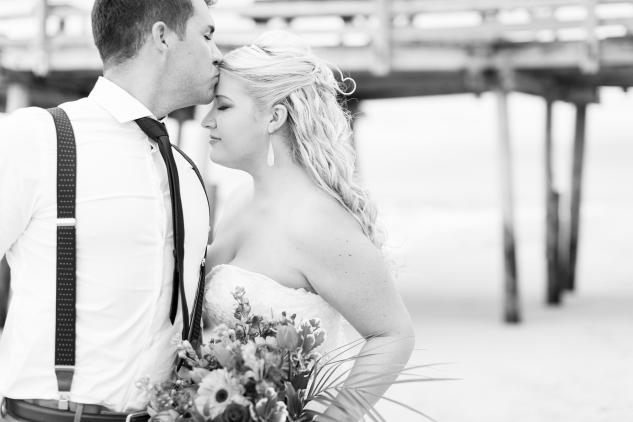 devon-keith-nags-head-wedding-photo-27