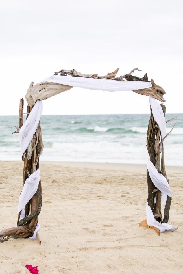 devon-keith-nags-head-wedding-photo-35