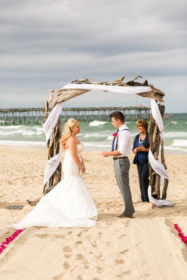 devon-keith-nags-head-wedding-photo-47