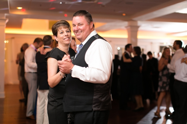 jordan-daniel-yacht-club-marina-shores-virginia-beach-hokie-wedding-108