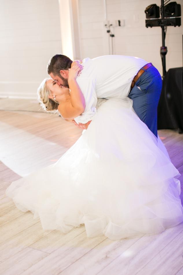 kirsten-matthew-water-table-wedding-103