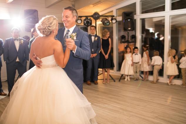 kirsten-matthew-water-table-wedding-65