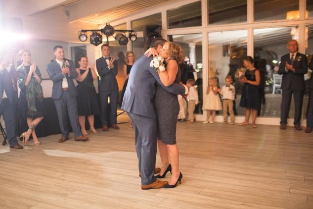 kirsten-matthew-water-table-wedding-66