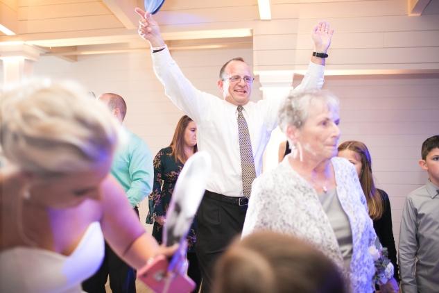 kirsten-matthew-water-table-wedding-72