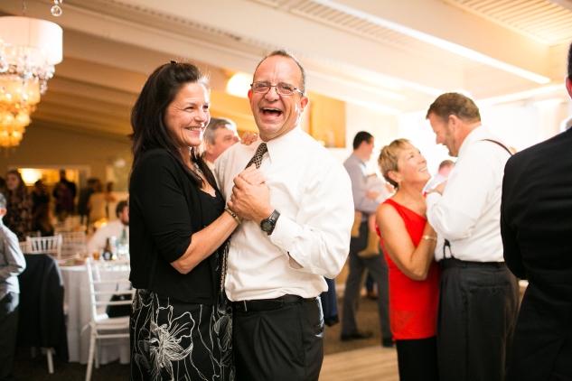 kirsten-matthew-water-table-wedding-79