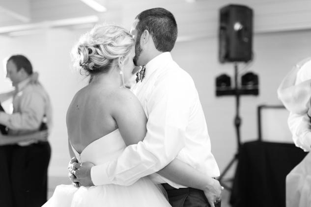 kirsten-matthew-water-table-wedding-92