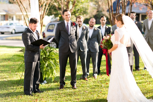 carly-charlie-wedding-blog-edenton-north-carolina-inner-banks-inn-41