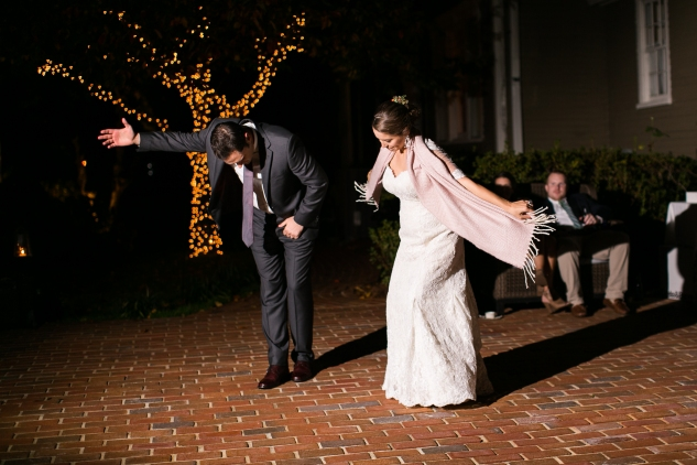 carly-charlie-wedding-blog-edenton-north-carolina-inner-banks-inn-89
