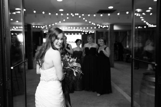winery-bull-run-wedding-photo-amanda-hedgepeth-10