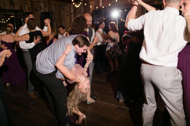 winery-bull-run-wedding-photo-amanda-hedgepeth-114