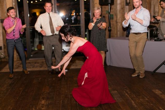 winery-bull-run-wedding-photo-amanda-hedgepeth-119