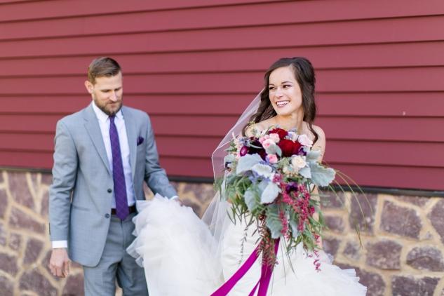 winery-bull-run-wedding-photo-amanda-hedgepeth-17