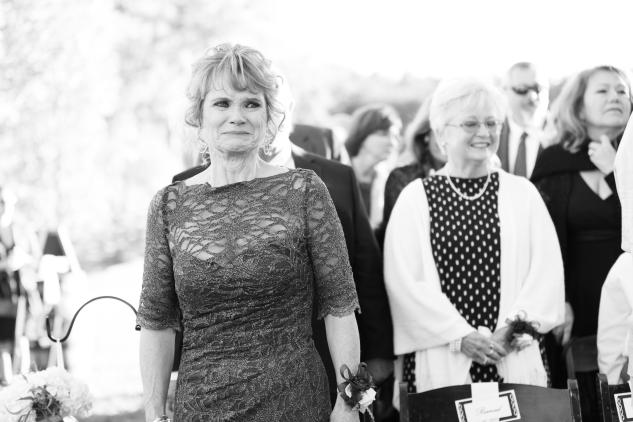 winery-bull-run-wedding-photo-amanda-hedgepeth-32