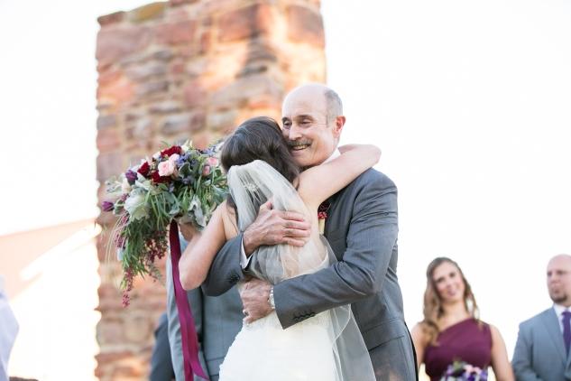 winery-bull-run-wedding-photo-amanda-hedgepeth-34
