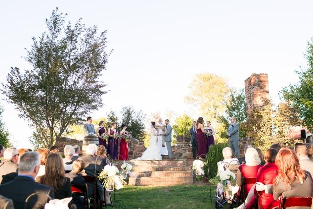 winery-bull-run-wedding-photo-amanda-hedgepeth-37