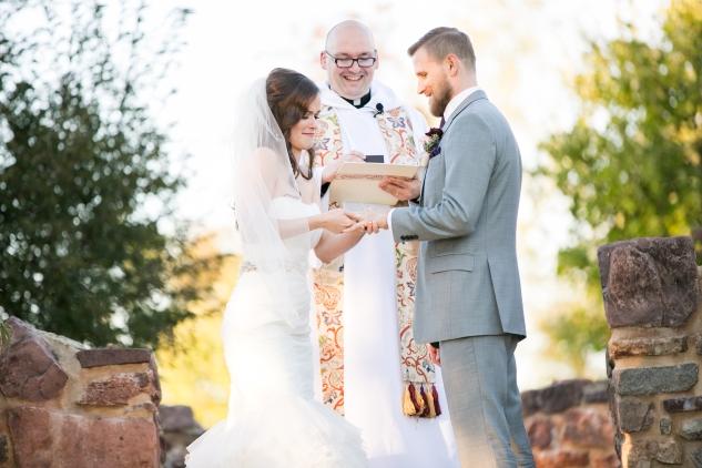winery-bull-run-wedding-photo-amanda-hedgepeth-38