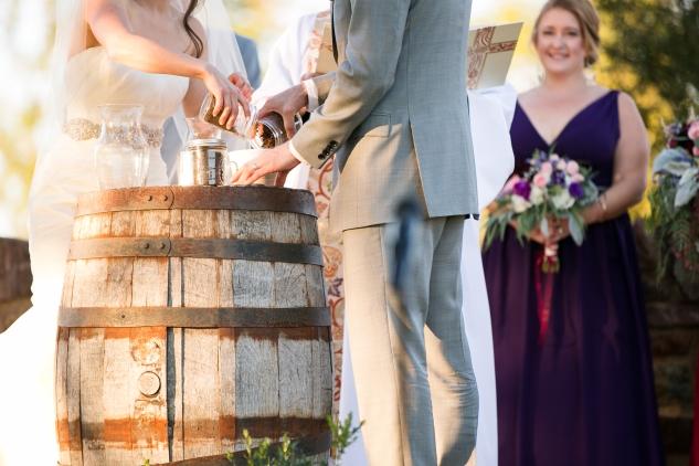 winery-bull-run-wedding-photo-amanda-hedgepeth-40
