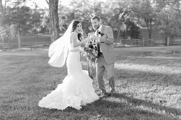 winery-bull-run-wedding-photo-amanda-hedgepeth-44