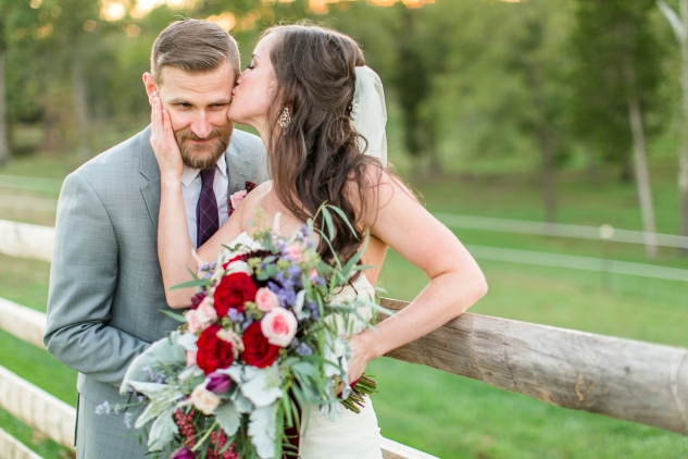 winery-bull-run-wedding-photo-amanda-hedgepeth-60