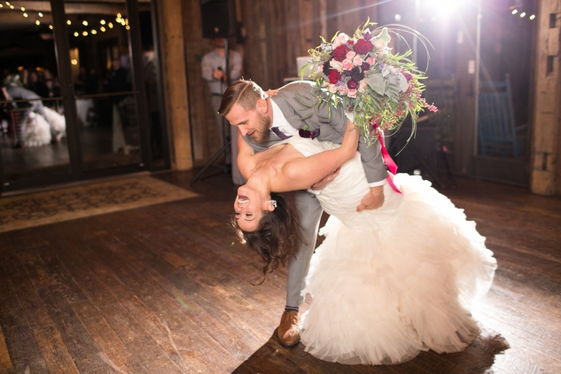 winery-bull-run-wedding-photo-amanda-hedgepeth-74