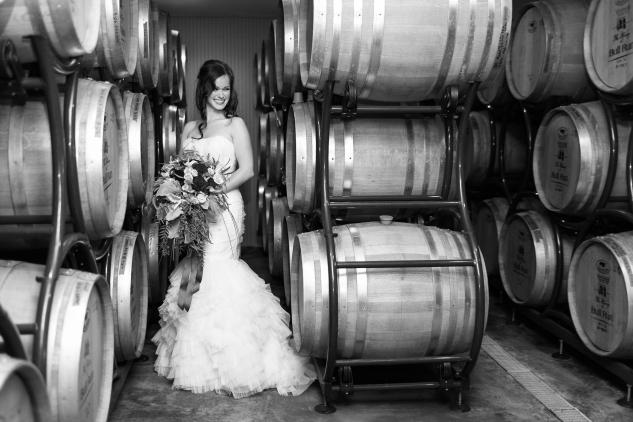 winery-bull-run-wedding-photo-amanda-hedgepeth-9