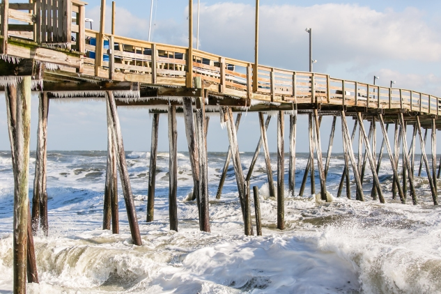 avalon-pier-ice-snow-obx-6